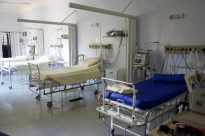 Proper hospital rooms and equipment in some of the best US cities for nurses.