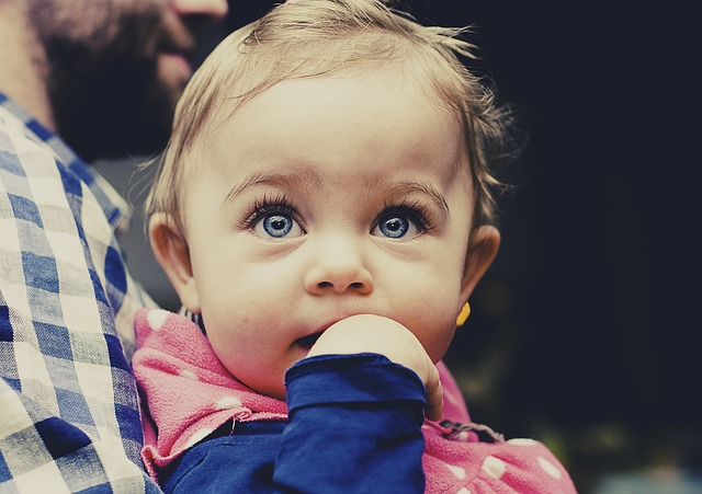 A baby toddler.