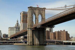 the Brooklyn bridge makes Brooklyn an appealing NYC borough