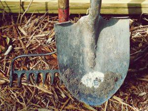shovel and rack