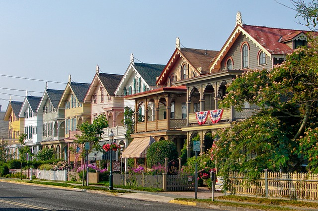 A row of beautiful houses. This can be one of the many safe places to live in New Jersey.