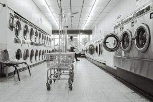 Laundry Saloon - Preparing your clothes for long-term storage