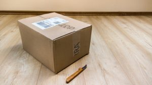 Moving box and knife.